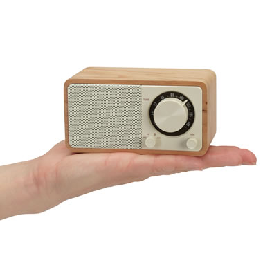 The Nostalgic Mini Bluetooth Radio
