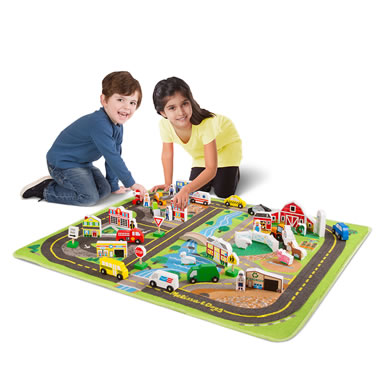 Bustling Town/Peaceful Countryside Play Set