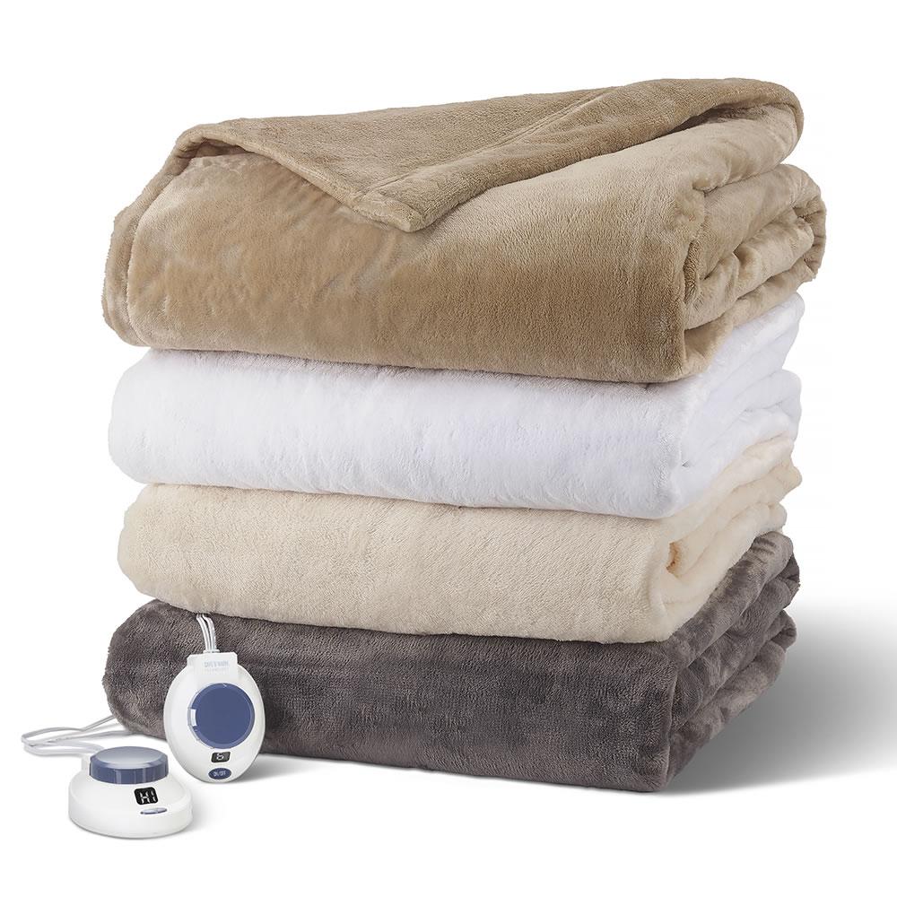 47889d1579 The Best Heated Blanket - Hammacher Schlemmer