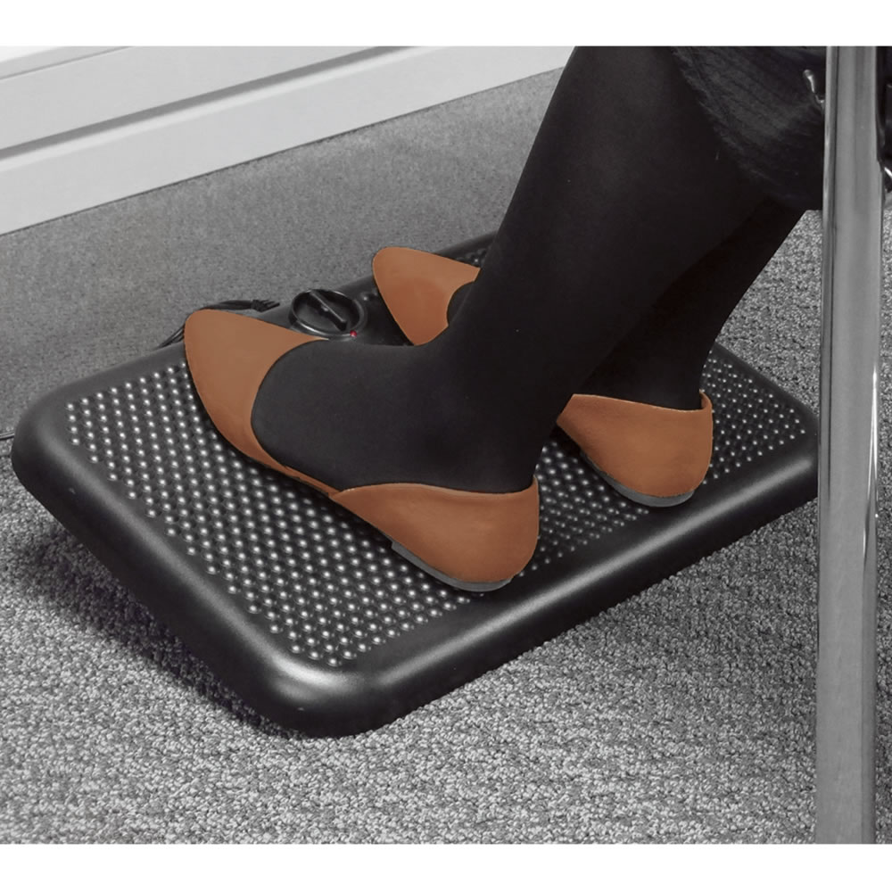 The Under Desk Foot Warmer Hammacher Schlemmer