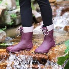 The Lady's Seamless Waterproof Marsh Boots