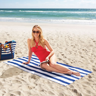 The Sandless Beach Towel