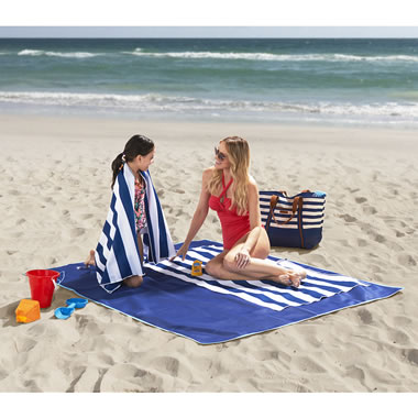 The Two Person Sandless Beach Mat