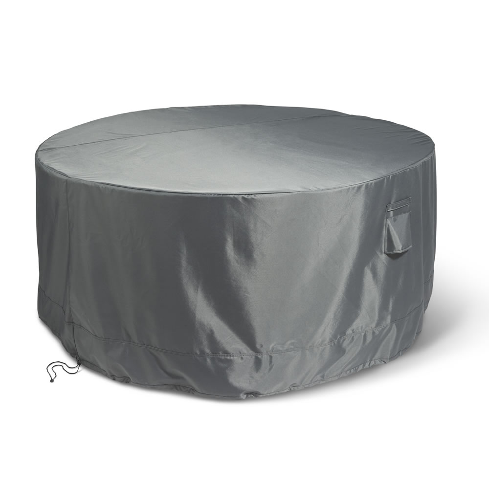 The Superior Outdoor Furniture Covers Round Table And Chairs Cover Hammacher Schlemmer