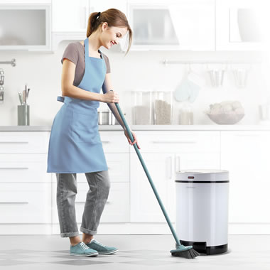 The Debris Vacuuming Trash Can