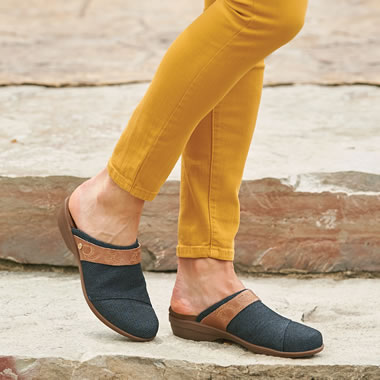 The Arch Support Comfort Clogs