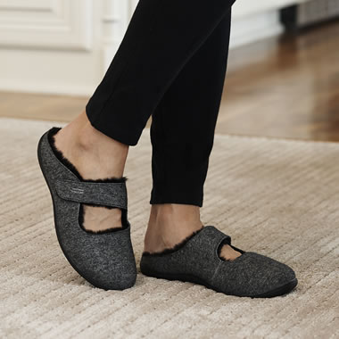 The Adjustable Arch Support Slide Slippers