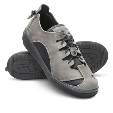 The Expandable Width Comfort Shoe (Women's)