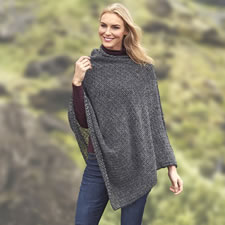 The Genuine Icelandic Lightweight Wool Shawl
